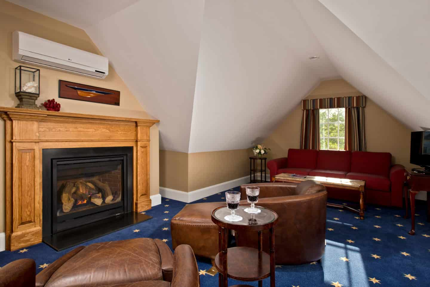 Crow's Nest seating area and fireplace