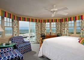 Room 8 bed and amazing ocean view