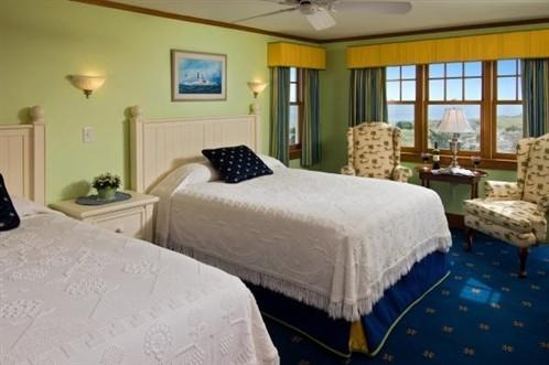 Room 12 2 beds