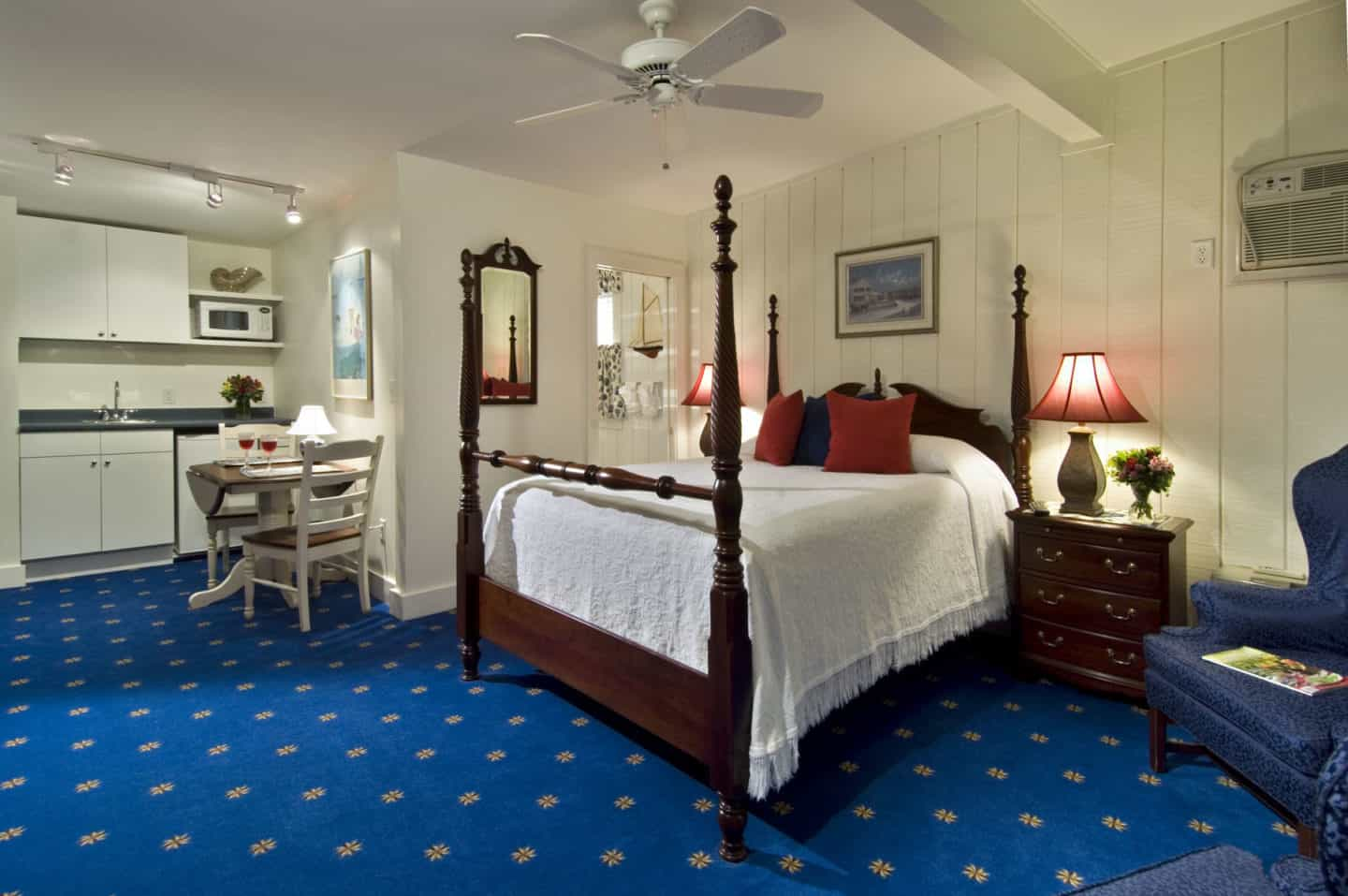 Chandlery Port bed